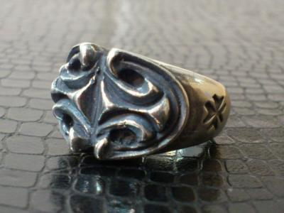 Sculpted_oval_ring-002.jpg