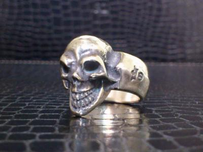 Single_skull_ring-001.jpg