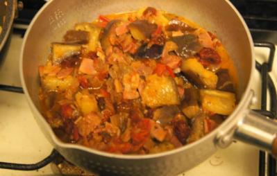 茄子とトマトのブルスケッタ 調理