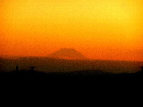 久々に富士のぞく