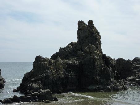 犬若海岸の犬岩!