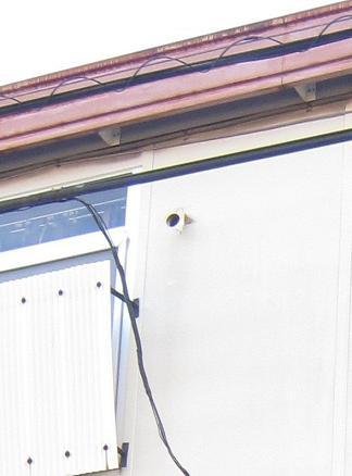 外壁エアコン管の穴