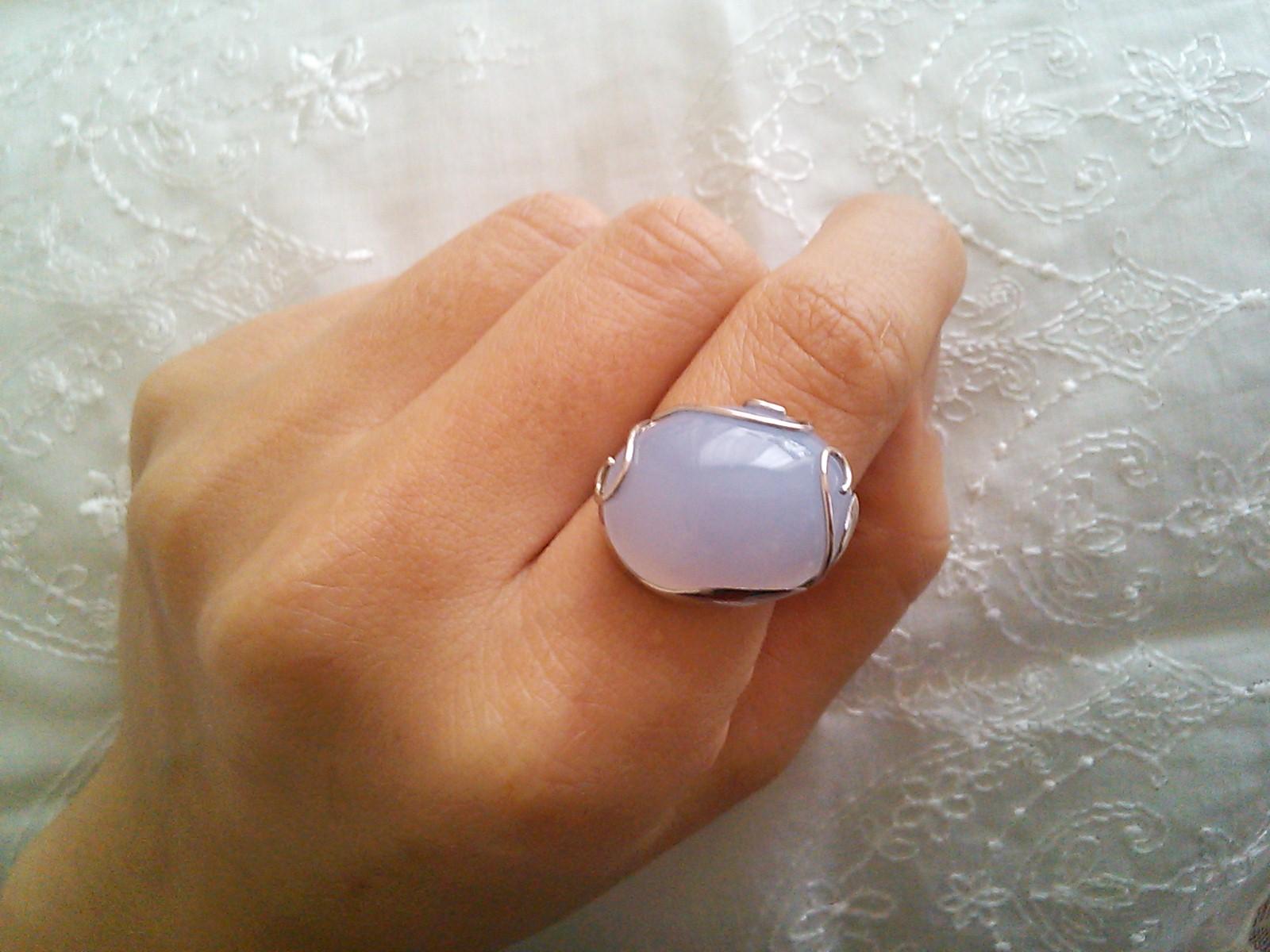 ブルーカルセドニーの指輪