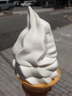 大和屋菓子舗 ソフトクリーム