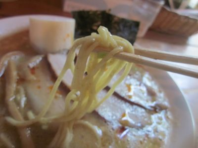 木曜日 麺