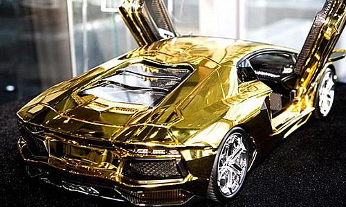 goldcar4.jpg