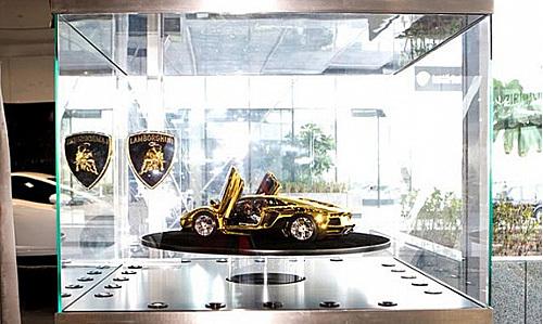 goldcar7.jpg