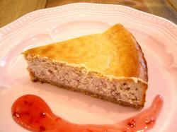 イチゴとホワイトチョコのチーズケーキ