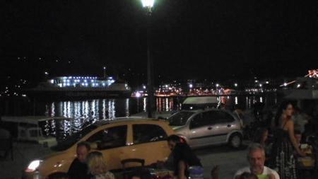 スコペロス 港のタベルナ