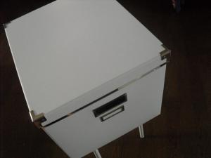 イケアのふた付きボックス