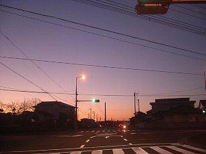朝の交差点