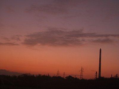 朝焼け煙突