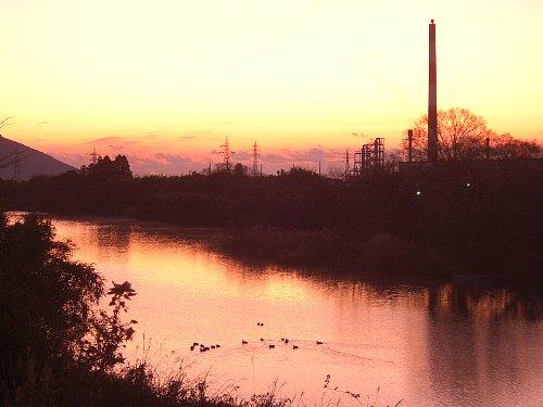 夜明けの祝子川
