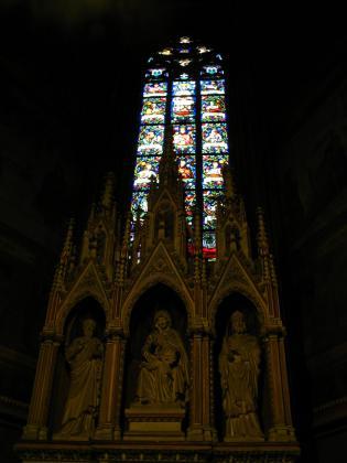 聖ヴィート大聖堂ステンドグラス2