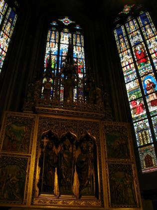 聖ヴィート大聖堂ステンドグラス3