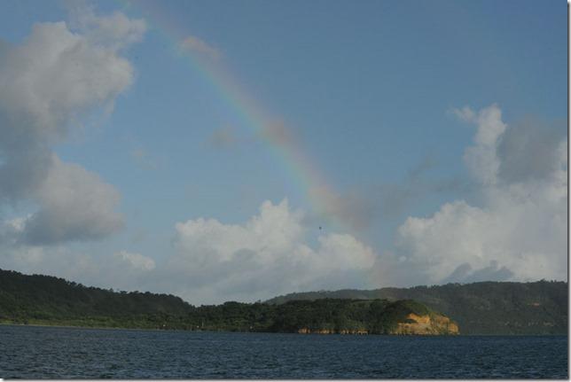 13072618 西表島の虹