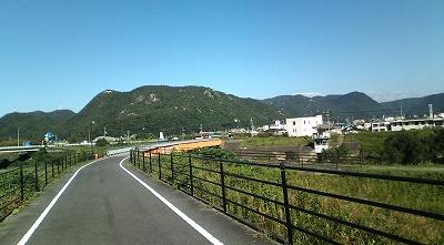 s-F1001258.jpg