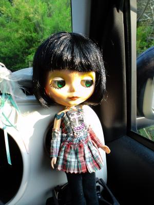 トランク 人形