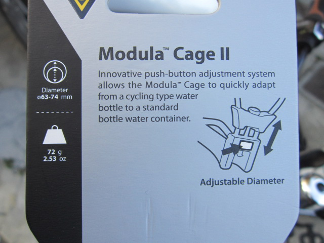 ボトルケージはボトルが入る部分の大きさを調整できるタイプをチョイス♪