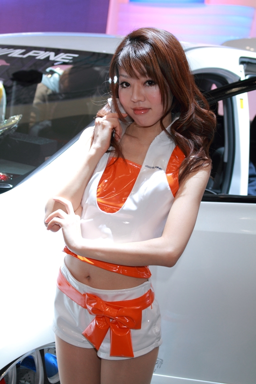 auto-salon_0048fu.jpg