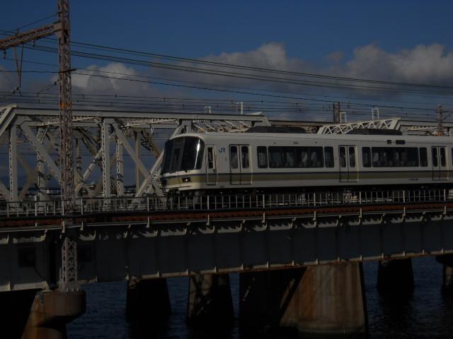 福知山線の快速運用の221系