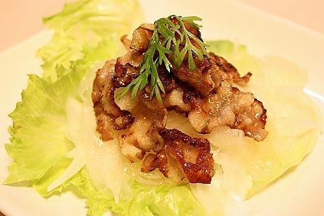 カリカリ豚肉サラダ♪