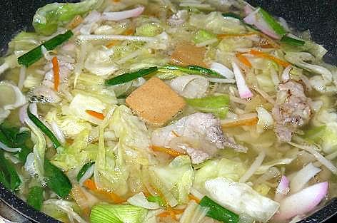 野菜と固形スープで♪