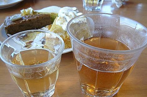 ビワの葉茶とオニオン茶♪