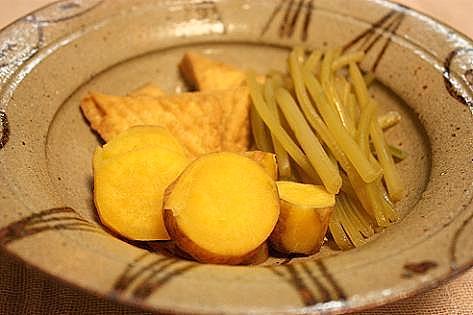 芋と芋蔓と厚揚げ煮♪