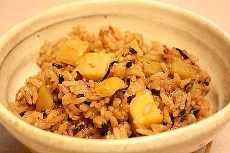 塩昆布と雑穀芋ご飯♪
