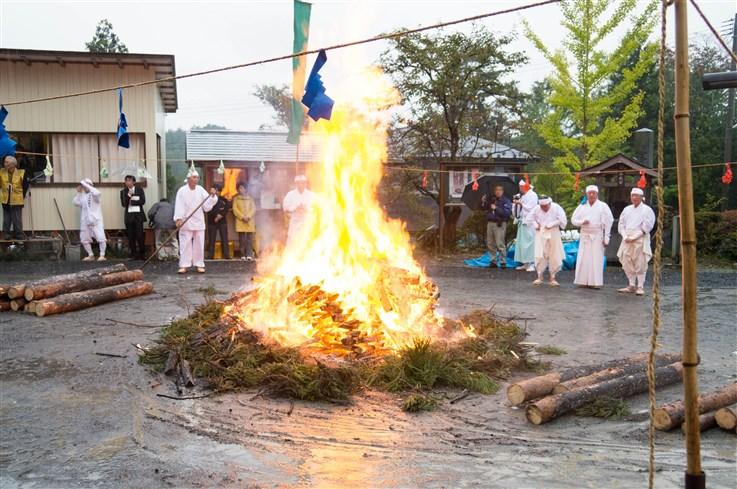 火渡り祭-64