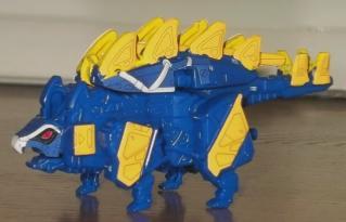 獣電竜ステゴッチ