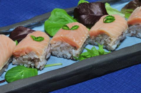 サクラマスの寿司