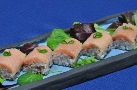 サクラマスの寿司3