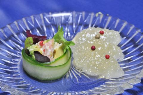 サクラマスとアボカドのサラダ2