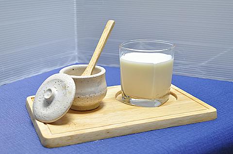 プラセンタ入り牛乳