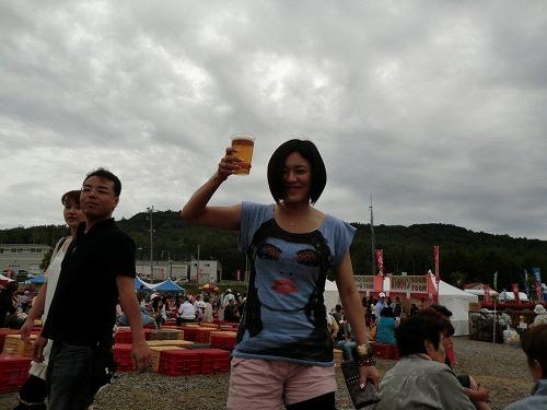 小樽ワイン祭り tシャツとビール