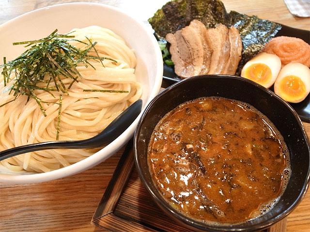 140922二代目白神-博多つけ麺全部のせ