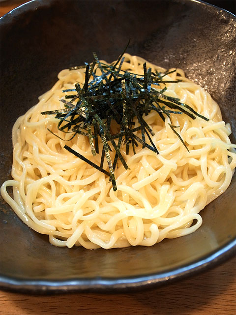 141019cuccu-牛ホルモンつけめん・麺
