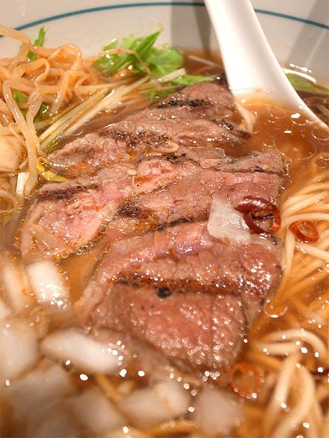 140621Stripe noodles-ステーキラーメン・ステーキ