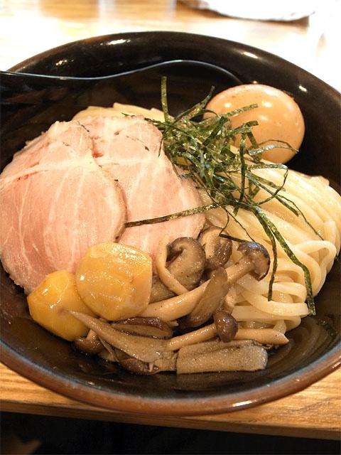 141023二代目白神-鶏白湯味噌つけ麺・麺