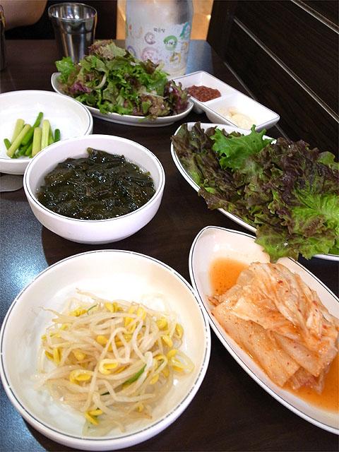140523焼肉店-無料の惣菜