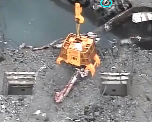 福島原発、使用済燃料プールに鉄骨が滑落 YouTuberrrrrr