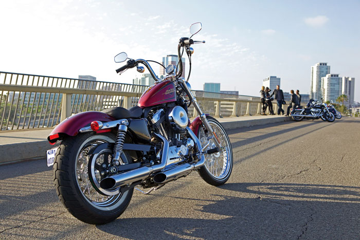 2012-Harley-Davidson-Sportster-XL1200V-SeventyTwo2-small.jpg