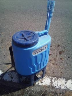 肥料撒き機_convert_20120327135128