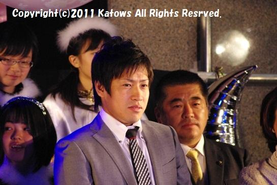 牧田選手と所沢市長その1