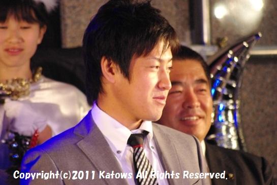 牧田選手と所沢市長その2