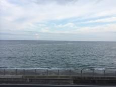 伊豆大島がうっすら見える。#海 #海photo
