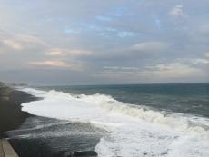 房総半島、三浦半島は全く見えず。 #海 #海photo