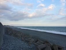 三浦半島も割とはっきり見える。房総半島はよく分からない。#海 #海photo
